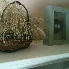 Beach decor grasses and baskets