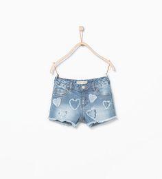 Heart appliqué denim shorts