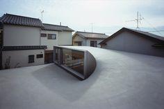 Image 2 of 29. © Ken'ichi Suzuki