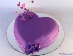 torta de corazón púrpura By Maria Elena Lopez