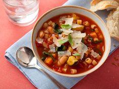 Minestrone Çorba: Hem doyurucu hem de vejetaryen seçeneği ile huzurlarınızda.