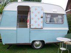 Beautiful Vintage Retro Classic Thomson Glen Caravan