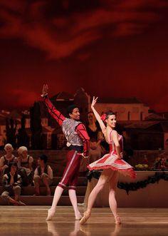 Lindsi Dec & Karel Cruz | Ratmansky's Don Quixote | Pacific Northwest Ballet | ©Lindsay Thomas