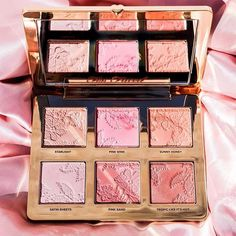 Makeup & Beauty lovers we've got something for you! Our product calendar has all releases across 300 cosmetics brands! Need new inspiration for your looks or planning your next purchase? Look no further!