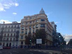 Glorieta de Bilbao Madrid: La Glorieta de Bilbao es una glorieta en forma de estrella situada en Madrid, España; nombrada de tal forma en honor a la ciudad de Bilbao.