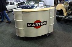 m_4090001_Used oil drums make up Martini desk.jpg (600×400)