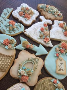 Lorena Rodriguez. Weeding cookies . Coral and light blue.