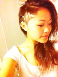 """I """"Like"""" that she's got a unique """"etching"""" in her undercut..really makes this HER style"""