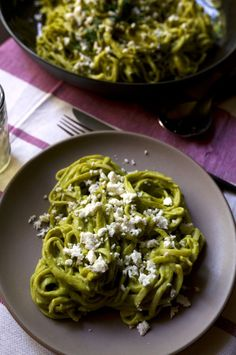 It's peak poblano season and I'm celebrating with this charred poblano pesto pasta recipe that's easy enough to throw together for tonight's dinner.