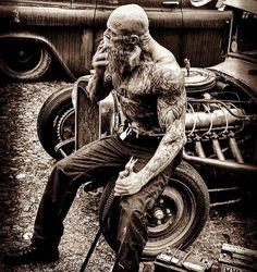 "279 Me gusta, 4 comentarios - @beard4life en Instagram: ""@juan_rekers #beardsofinstagram #beardsandtattoos #menwithbeard #beardman #beardo #beardedmen…"""