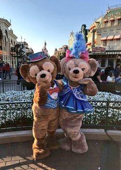 Duffy and ShellieMay on Main Street USA in Disneyland Paris DLP Disney
