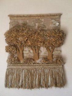 Oeuvre >> Edgardo J Herrera Macrame Arte Y Moda >> Macramé Art Fibres Textiles, Textile Fiber Art, Weaving Textiles, Weaving Art, Weaving Patterns, Loom Weaving, Tapestry Weaving, Hand Weaving, Fibre And Fabric
