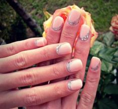 Our ideas will help you make the right choice. We will show you how to decorate your wedding nails and they will sparkle just like your day. We have also loads of ideas of Christmas nails, Halloween nails, and Valentines day nails you can totally do by yourself even if you lack time.