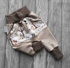 Cute Babies, Baby Kids, Kids Boys, Couture Bb, Cute Pants, Baby Bloomers, Kids Pants, Forest Animals, Cute Baby Clothes