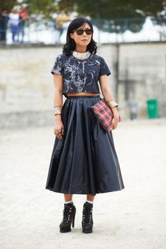 Street Style Paris Fashion Week - Paris Spring 2014 Street Style Photos