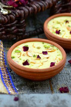 Gobhi Ki Kheer or cauliflower pudding is a delicious dessert and is perfect to make for Janmashtami or Gokulashtami.