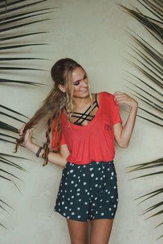 Como usar Sutiã de Tiras (strappy bra) muitos looks para inspirar