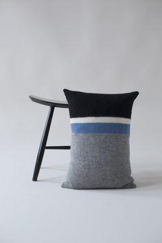 KIT COUTURE Tjörn Pillow