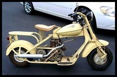 1951 Cushman Eagle. I think they r so cool. I would luv to have one just because.