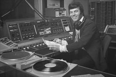 Archive photos taken by ex-BBC Radio London staffer Roger George Clarke from the early at the station's base in Marylebone High Street. Bbc Radio London, Bbc Radio 1, Tv On The Radio, Paradise Garage, Studio Room, Phonograph, Internet Radio, Radio Control, Nice Things