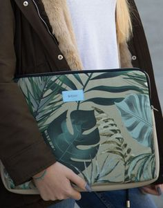 funda-portátil-verde-hojas.-2jpg Unisex, Ted Baker, Tropical, Tote Bag, Bags, Fashion, Laptop Sleeves, Green Leaves, Black