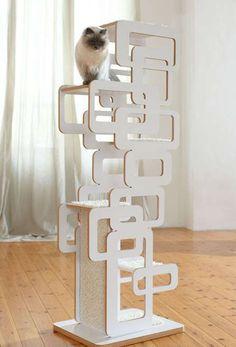 Arbre à Chat Retrocat. Découvrez d'autres modèles d'arbres à chat design ici !