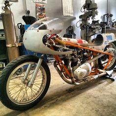 . British Motorcycles, Triumph Motorcycles, Drag Bike, Cafe Racer Motorcycle, Vehicles, Salt, Workshop, Photos, Triumph Bikes