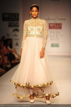 White anarkali by Rabani and Rakha at Wills Lifestyle India Fashion Week (WIFW) Spring/Summer 2014