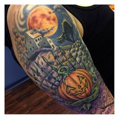 47 Spooky Tattoos That Will Get You Excited For Halloween halloween tattoo Dream Tattoos, Body Art Tattoos, Sleeve Tattoos, Men Tattoos, Dope Tattoos, Death Tattoo, Tattoo Now, Ufo Tattoo, Halloween Design