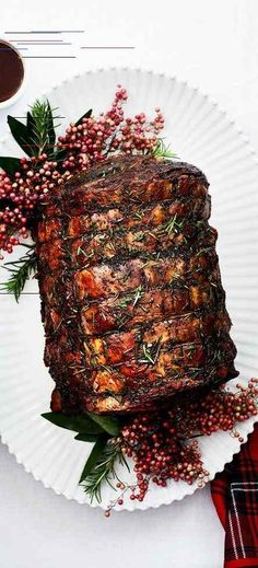Christmas Dinner Recipes and Menus - 34 Best Ideas for Christmas Party Tender and full of flavor, this prime rib recipe is a festive main course for a Christmas feast. Horseradish cream and red wine jus are classic partners.