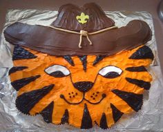 Tiger Scout cake-so cute...need to try for our little guys
