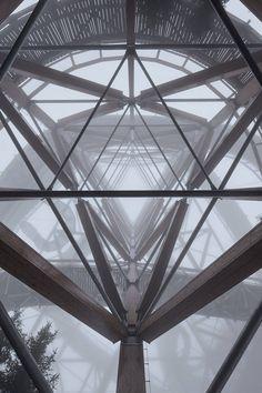 Mountaintop Skywalk & a High Slide Down in the Czech Republic – Fubiz Media