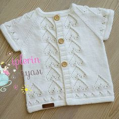 Knit Vest, Baby Cardigan, Baby Knitting Patterns, Hand Knitting, Knitted Baby Clothes, Cardigan Pattern, Sweater Design, Baby Sweaters, Doll Clothes