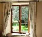 Decorating a Country Cottage: http://alla-kondrat.suite101.com/decorating-a-country-cottage-a135040