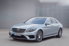 With a 7 speed automatic transmission powered by 577 horses via the 5.5-liter V8 twin-turbo engine, the 2014 Mercedes-Benz S63 AMG 4Matic seems to be improved in every category...