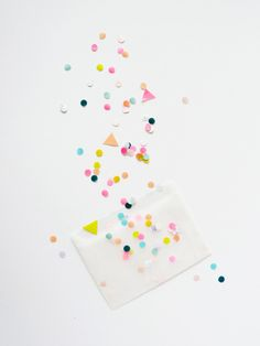 who doesn't love confetti, especially when you throw some geometric in the mix?