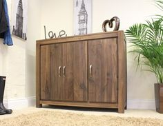 This Mayan Walnut Extra Large Shoe Cupboard is a part of Mayan and a great Shoe Cupboard.  The dimension of this Mayan Walnut Extra Large Shoe Cupboard are as follows - the height is 100CM, the width is 120CM the depth is 40CM and the volume of this Mayan Walnut Extra Large Shoe Cupboard is 0.48CBM.  The International Article Number or EAN number is 5060164715122 and the weight is 59.00kg.  This Mayan Walnut Extra Large Shoe Cupboard is an authentic Baumhaus product and Bonsoni is proud to…