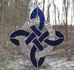 Stained Glass Celtic Blue with White Circle