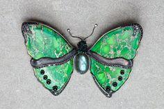 b-fly brooch