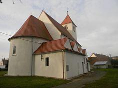 Koło domu: Kłobuczyn - kościół pw. św. Jadwigi Śląskiej
