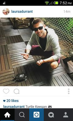 Laura posted this picture on her Instagram. Seriously, I think the two of them would make a cute couple♡ (I mean Laura and Colm, not the turtle) ๏_๏