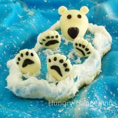 Polar Bear Cookies... floating along in the deep blue sea. I have to have a marine biology party with these!