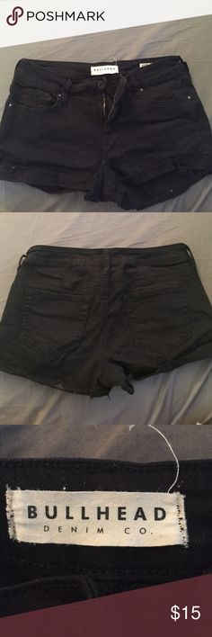 Bullhead shorts Like new! Only been worn once or twice bullhead shorts. Very stretchy. Bullhead Shorts Jean Shorts