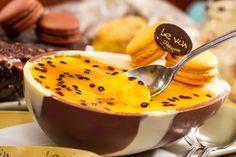 Le Vin Bistrô: ovo com recheio de musse de maracujá, chocolate branco e ganache de chocolate ao leite (R$ 190,00 o quilo)