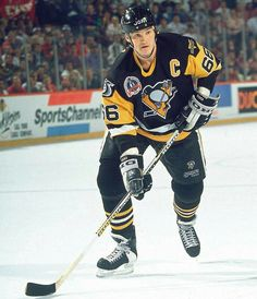 Mario Lemieux won two consecutive Stanley Cups in 1991 and 1992 with Pittsburgh and won an Olympic gold medal in 2002 with Team Canada. Pens Hockey, Hockey Teams, Hockey Stuff, Hockey Cards, Pittsburgh Sports, Pittsburgh Penguins Hockey, Mike Bossy, Mario Lemieux, Hockey World Cup