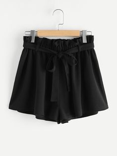Elastic Waist. Shorts Decorated with Belted. Belt is included. Loose fit. Mid Waist. Plain design. Designed in Black. Fabric is very stretchy.