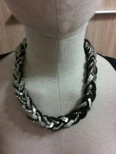 Propletany nahrdelnik H Chain, Jewelry, Fashion, Moda, Jewlery, Jewerly, Fashion Styles, Necklaces, Schmuck