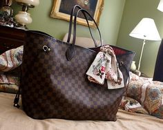 This Louis Vuitton Bags are one of the best purchases I made this year BY FAR!