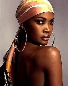 Vintage Beauty, Silk Head Wrap, Silk Wrap, Nancy Ajram, Head Scarf Tying, Tie Head Scarves, Silk Scarves, Head Scarf Styles, African Head Wraps