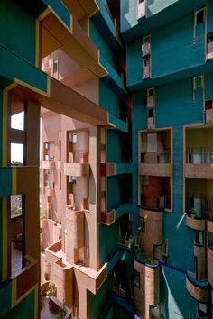 Walden Sant Just Desvern, 1974 - Ricardo Bofill Taller de Arquitectura Colour Architecture, Contemporary Architecture, Interior Architecture, Ricardo Bofill, Building Structure, Art Deco Home, Brutalist, Beautiful Buildings, Construction